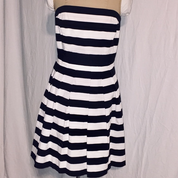 White House Black Market Dresses & Skirts - White House Black Market Wear and Flare Striped